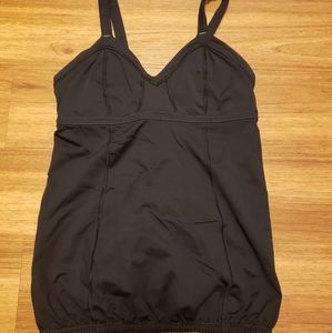Black Lululemon top